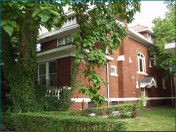 Maple_house
